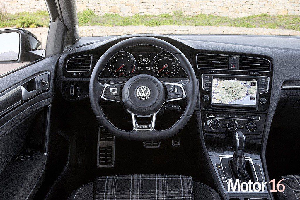 volkswagen golf variant gtd foto interior