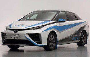 Toyota FCV. Disputará un rally con hidrógeno