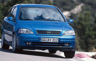 Opel Performance Center. OPC cumple 15 años