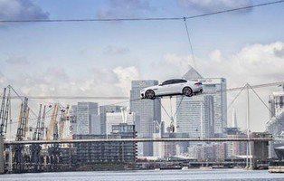 Jaguar XF. Estreno sobre la cuerda floja