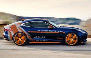 Jaguar F-Type R Coupé AWD. El vehículo de apoyo al Bloodhound SSC