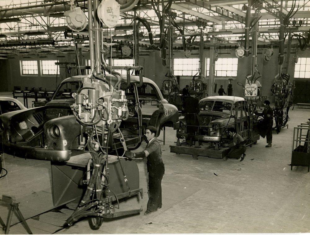 Entre 1953 y 1964 se fabricaron 98.978 unidades del Seat 1400
