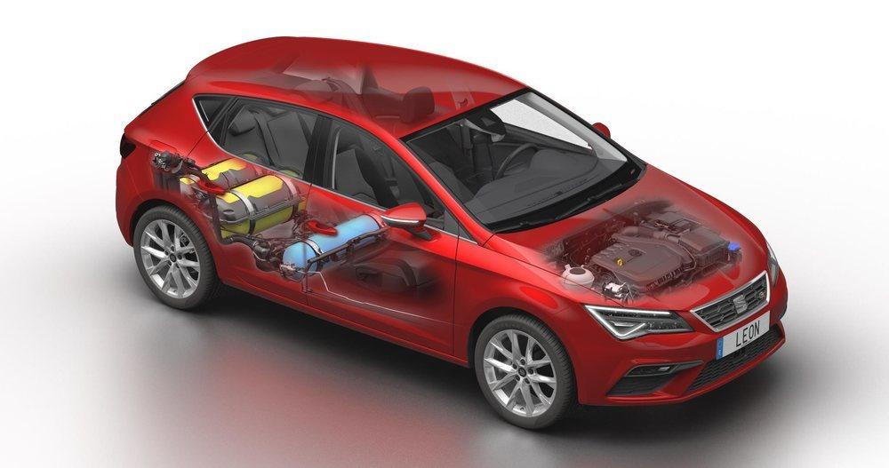Añade un nuevo depósito bajo los asientos que se suma a los dos depósitos de gas que lleva en el maletero.