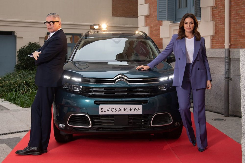 Boris Izaguirre y Vicky Martín Berrocal acudieron al Grand Hotel C5  a presentar el nuevo SUV de Citroën.