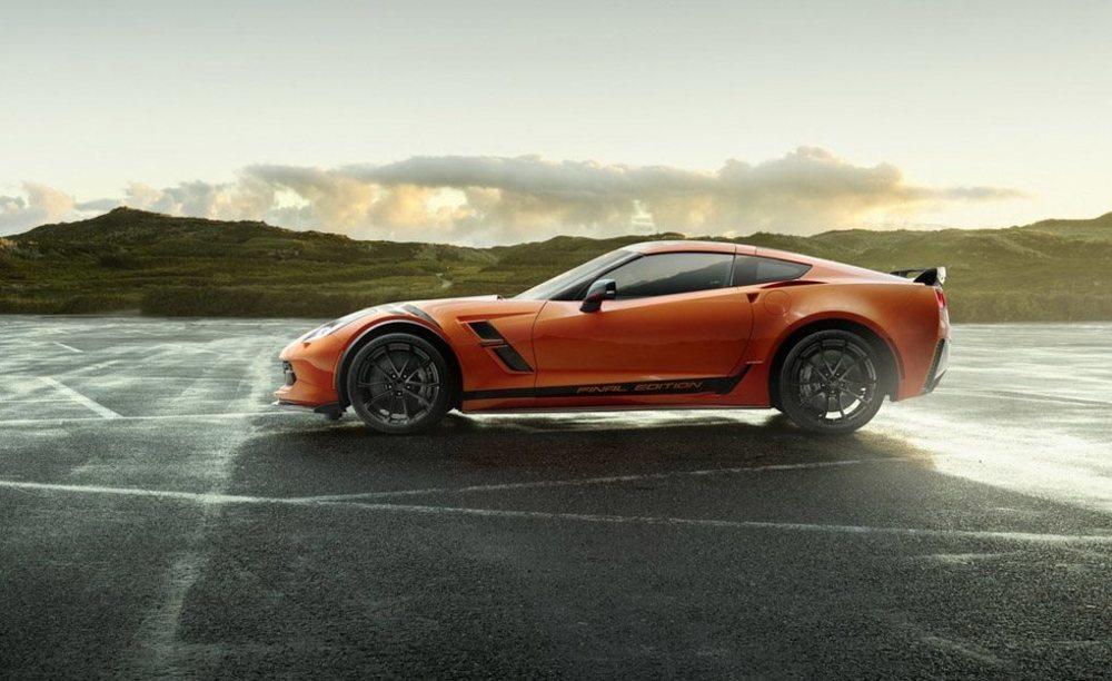 Para despedirse de Europa, Chevrolet ha creado este Corvette Final Edition, que estará disponible en las versiones Grand Sport y Z06, que erogan 460 y 650 CV respectivamente.