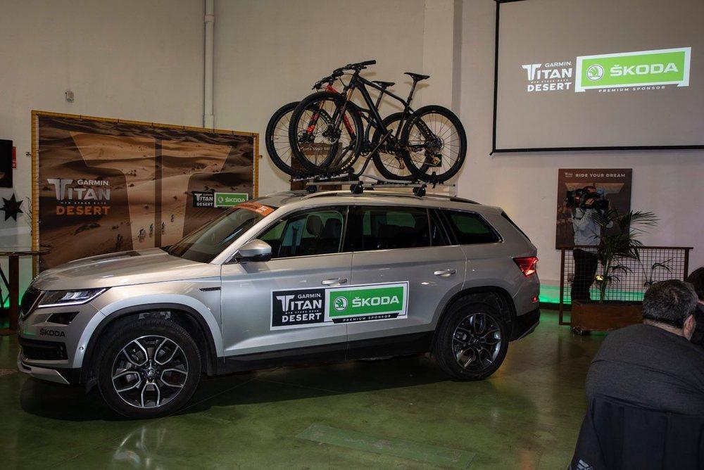 Los SUV de Skoda abrirán cada etapa de la carrera y serán los encargados de exponer las bicicletas de los ganadores
