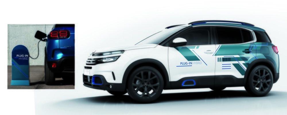 En modo completamente eléctrico, el C5 Aircross podrá recorrer unos 50 kilómetros.