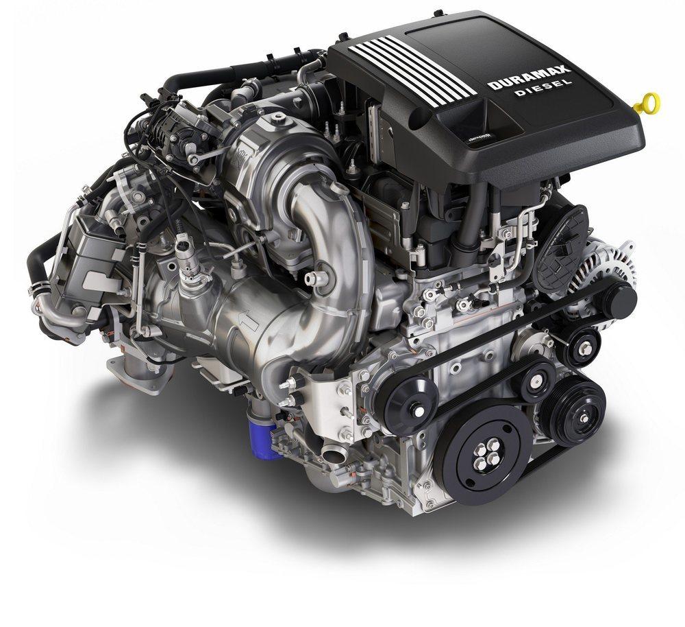El especialista Duramax fabrica este motor diésel para el Chevrolet Silverado, el cual eroga 280 CV y 625 Nm. Siempre se asocia a un cambio automático de 10 velocidades.