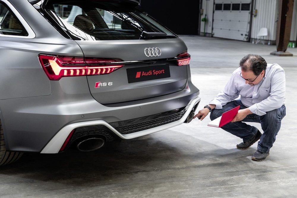 En Munich hemos tenido nuestro primer contacto con el RS6 Avant... Y con algunas otras sorpresas que aún no os podemos contar.