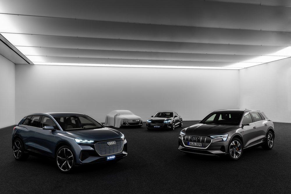 De aquí a 2025 la firma de los cuatro aros pretende lanzar nada menos que 30 modelos electrificados. Para ello contará con cuatro plataformas diferentes que se adaptan a sus futuros vehículos.