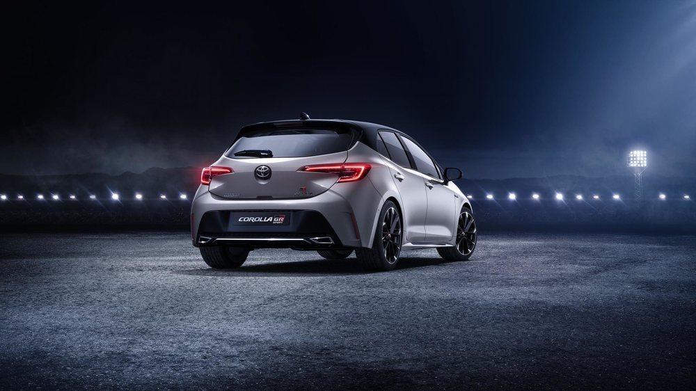 Toyota Corolla GR-Sport. Ya está disponible en España desde 26.300 euros 1_BW3kaYHLc0P7F
