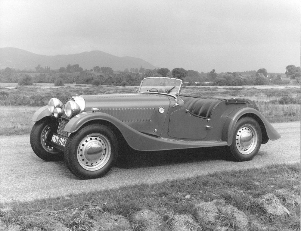 En 1950 comenzaba a fabricarse el Morgan Plus 4, que ahora celebra sus 70 años de vida. Por aquellos entonces ya utilizaba un chasis de acero, que en 2020 dejará paso al aluminio.