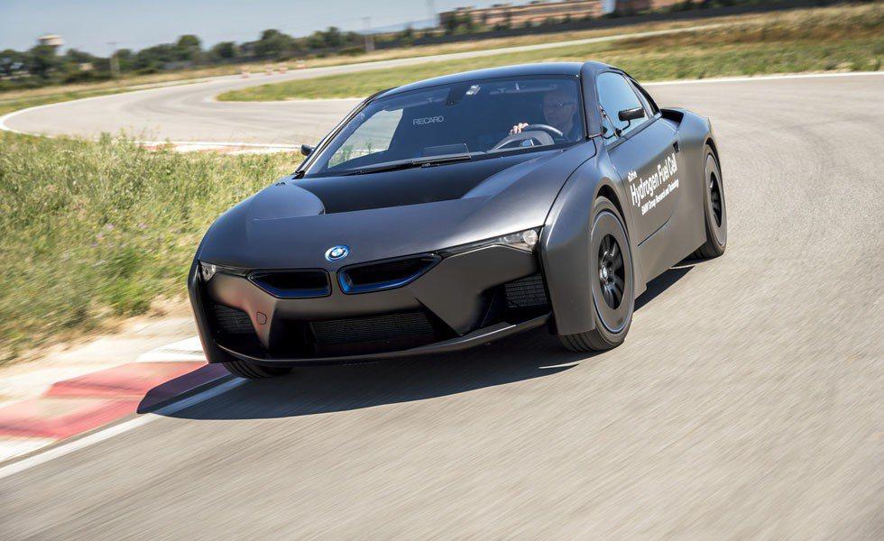 BMW i8 Hydrogen Concept