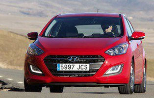 Hyundai i30. Presenta batalla