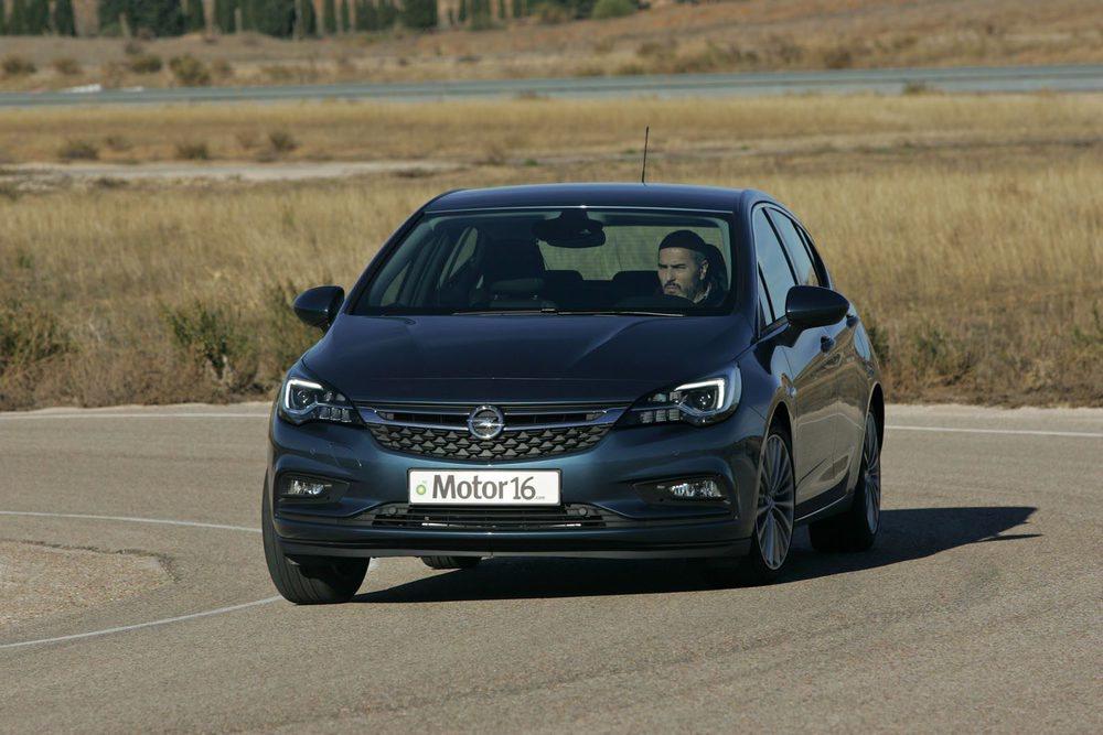 La ligereza en su construcción se nota en la agilidad en marcha de este nuevo Opel Astra.