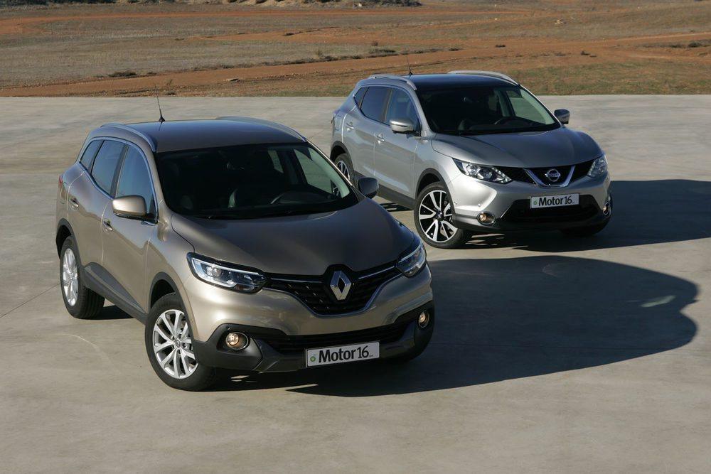 Comparten plataforma, pero el estilo exterior es personal en cada uno, más redondeado el Renault, más anguloso el Nissan.