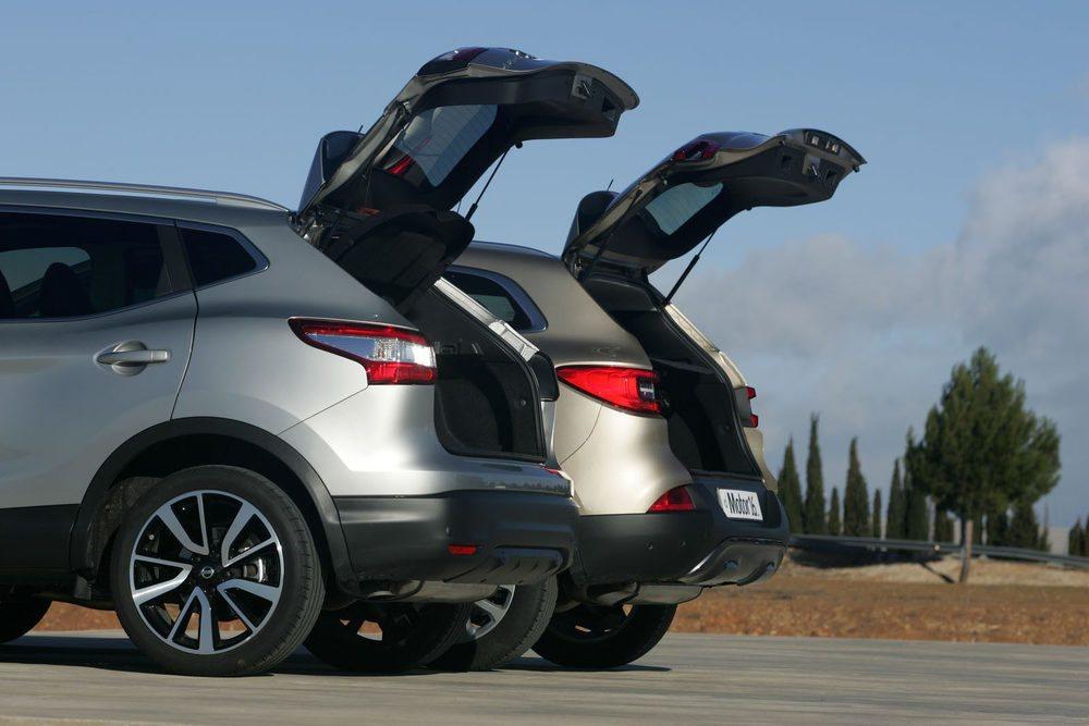 En capacidad de maletero gana el Renault: 430 frente a a 401 litros; pero la habitabilidad es algo mejor en Nissan.