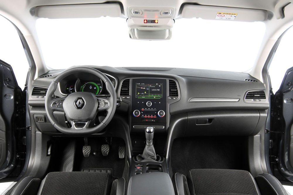 Un diseño limpio y funcional en el nuevo Renault Mégane. La pantalla también ofrece 7 pulgadas.