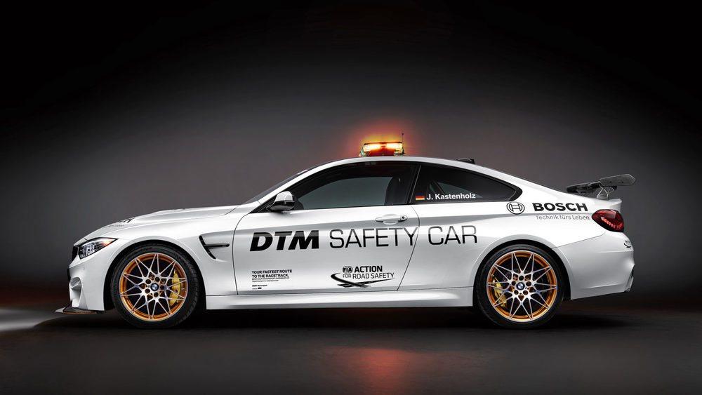 Uno de los 700 BMW M4 GTS se ha transformado para ejercer las funciones de vehículo de seguridad en el DTM. Pocos cambios se han incorporado en él y sólo suma la decoración exterior, emisora, extintor o las luces LED exteriores.
