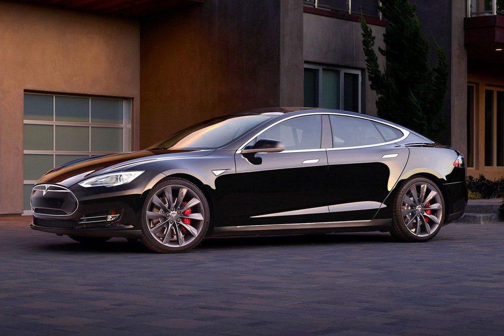 Uno de los modelos más demandados es el Modelo S que ofrece un margen de más de 550 km en una sola carga