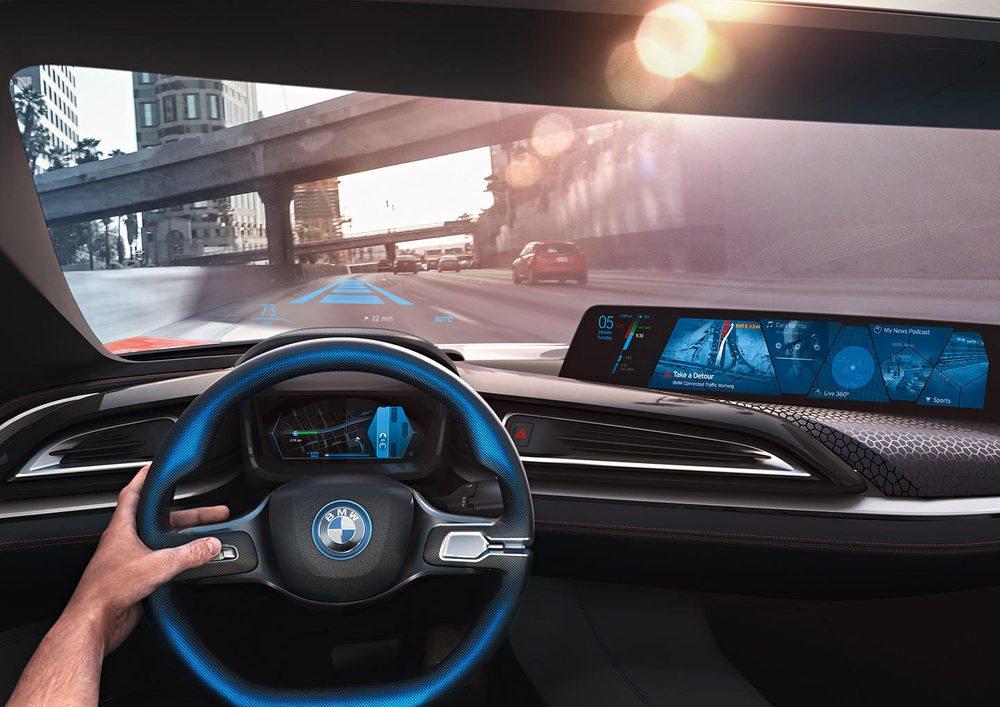 Las tres compañías comparten una visión similar y tienen el mismo objetivo en mente, alinear a la industria en una plataforma basada en estándares que permita, lo antes posible, llevar al mercado vehículos altamente autónomos.
