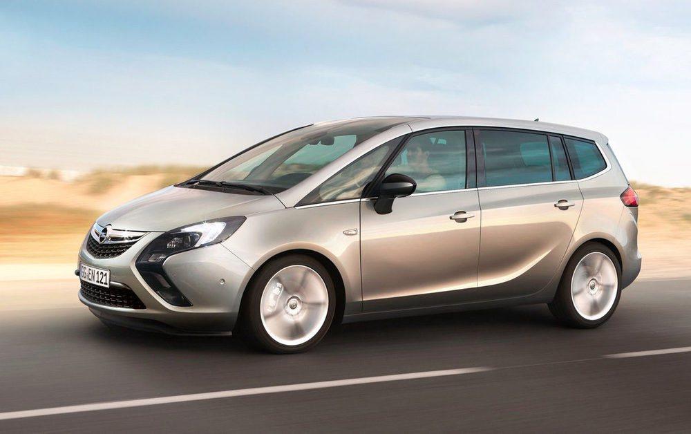 La tercera generación del Opel Zafira mantiene las virtudes de sus antecesores,el primer monovolumen compacto de siete plazas.