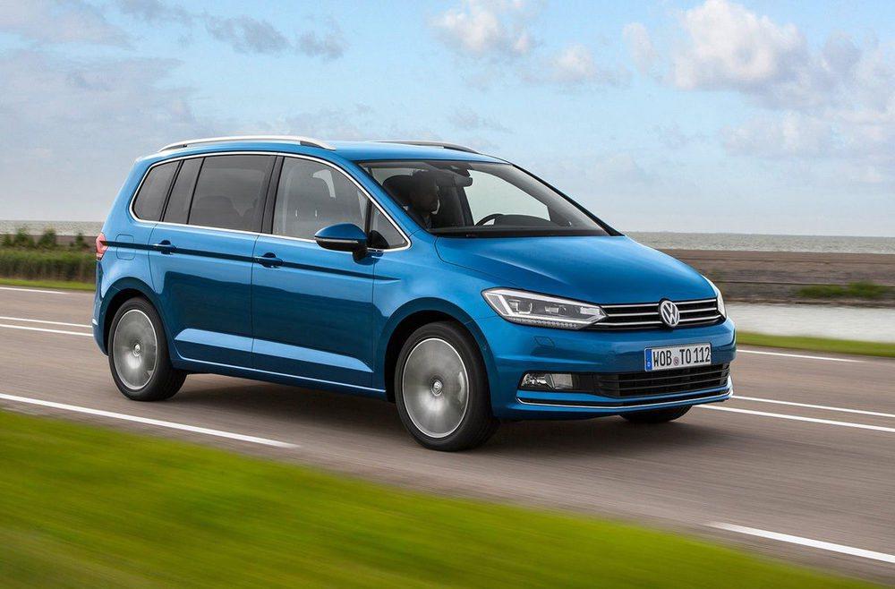 Gran volumen de maletero en el Volkswagen Tiguan y capacidad de transportar objetos de hasta 2,60 metros de longitud en el interior.
