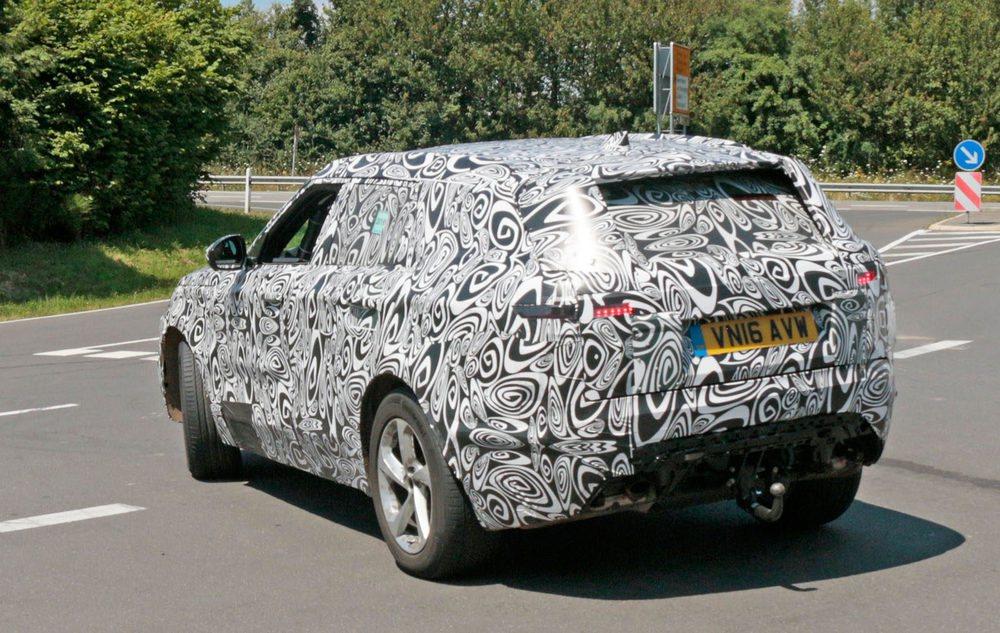 El Range Rover Sport Coupé está trabajando a fondo en el circuito de Nürburgring, donde le han cazado nuestros espías.