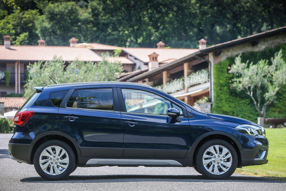 No hay cambios en las medidas exteriores del SUV de Suzuki. El maletero mantiene los 430 litros de capacidad.