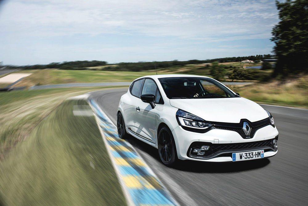 El Renault Clio también cuenta con versión RS, con hasta 220 caballos de potencia.