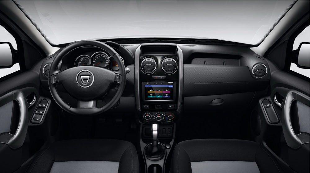 En diciembre llegan a los concesionarios los Dacia Duster con cambio automático EDC. Costará unos 1.300 euros extra y sólo está disponible para los 1.5 dCi 110 CV con tracción 4x2. Estas versiones no contarán con levas en el volante para su uso en secuencial.