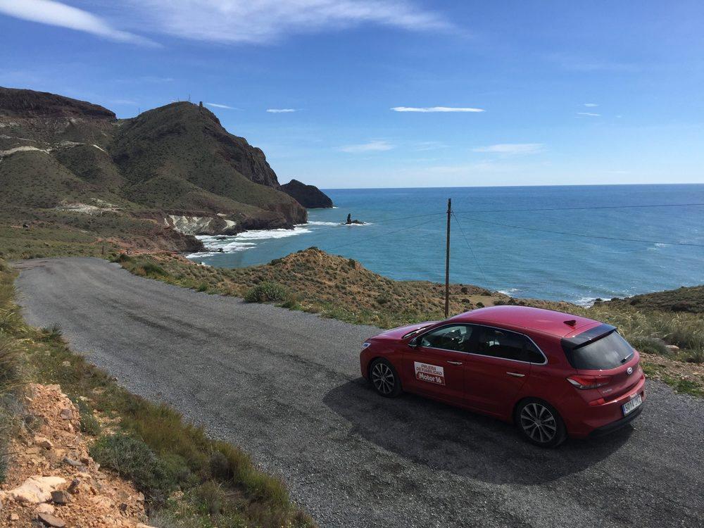 Las playas de Almería han sido un marco incomparable para probar a fondo el Hyundai i30