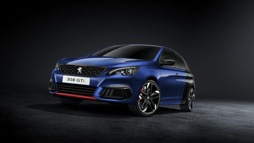 La versión GTi rebosa espíritu deportivo y exclusividad, siendo capaz de realizxar el 0 a 100 km/h en 6 segundos