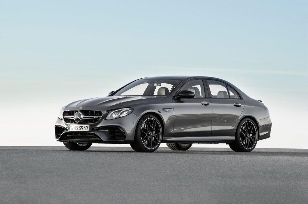 Gracias al sistema de desconexión de cilindros este Mercedes no solo tiene una respuesta energética cuando se requiere sino que además permite hacer unos consumos muy ajustados