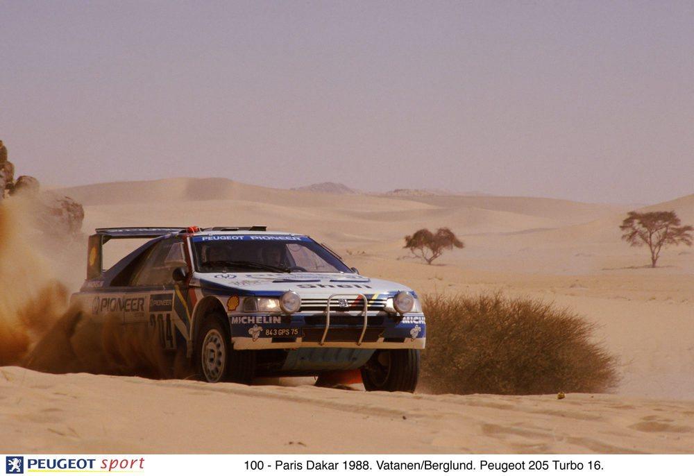 En 1988 Peugeot compitió con los nuevos Peugeot 405 Turbo 16, en manos de Vatanen-Berglund y Kankkunen-Piironen