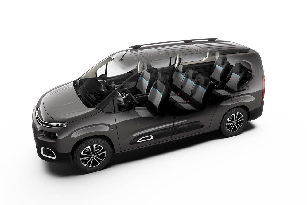 El nuevo Citroën Berlingo se ofrecerá con dos longitudes (4,40 y 4,75 metros). Los más largos ofrecerán espacio interior para hasta siete ocupantes y con cinco plazas tienen 1.050 litros de capacidad.