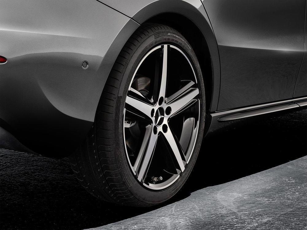 Nuevas llantas de Mercedes